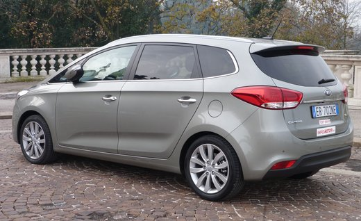 Kia Carens long test drive - Foto 11 di 22