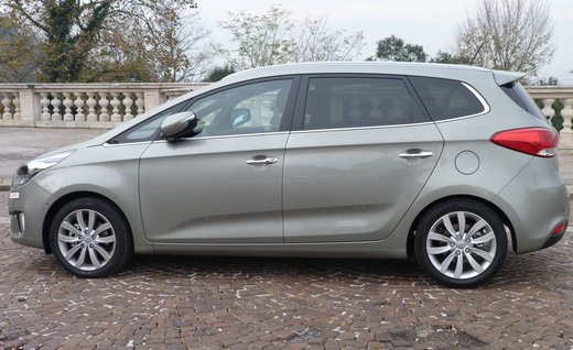 Kia Carens long test drive - Foto 12 di 22