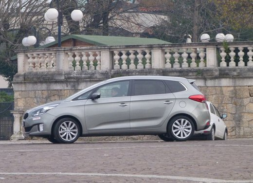 Kia Carens long test drive - Foto 18 di 22