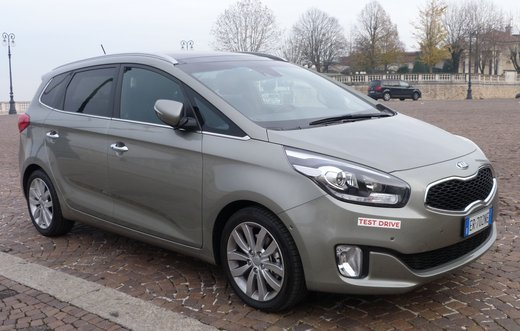 Kia Carens long test drive - Foto 5 di 22