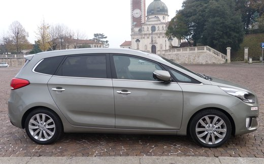 Kia Carens long test drive - Foto 6 di 22