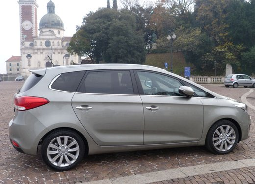 Kia Carens long test drive - Foto 7 di 22