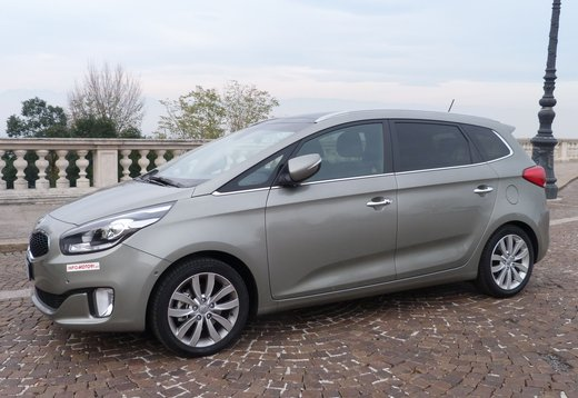 Kia Carens long test drive - Foto 9 di 22