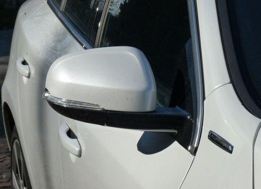Volvo V60 Hybrid test drive, foto ed informazioni - Foto 10 di 17