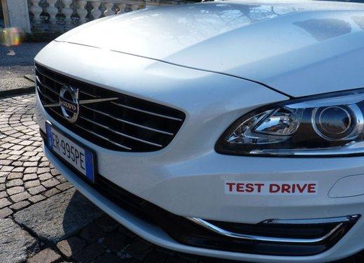 Volvo V60 Hybrid test drive, foto ed informazioni - Foto 6 di 17