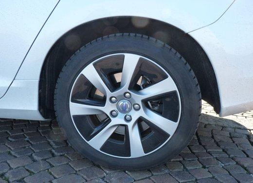 Volvo V60 Hybrid test drive, foto ed informazioni - Foto 9 di 17
