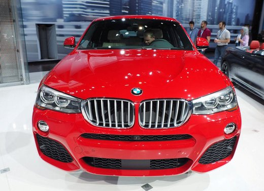 BMW X4 debutta al Salone di New York 2014 - Foto 7 di 7