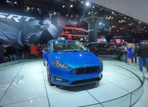 Una panoramica degli stand del Salone dell'auto di New York 2014 - Foto 11 di 16