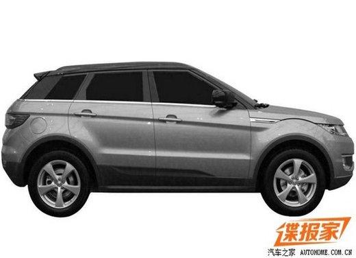 Land Wind X7 Breeze l'imitazione cinese del Range Rover Evoque