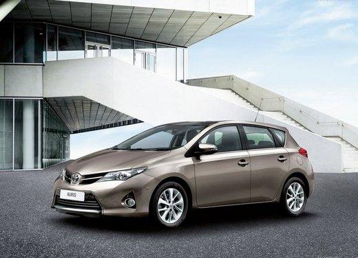 Toyota Auris - Foto 1 di 8