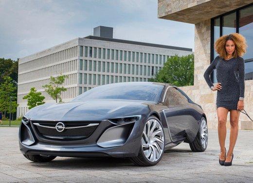 Opel presenta la sua strategia e punta all'8% del mercato nel 2022