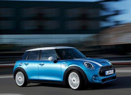 Nuova Mini 5 porte prestazioni e consumi della gamma motori - Foto 1 di 45