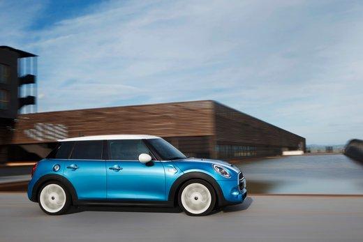 Nuova Mini 5 porte prestazioni e consumi della gamma motori - Foto 14 di 45