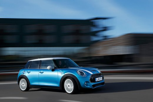 Nuova Mini 5 porte prestazioni e consumi della gamma motori - Foto 15 di 45