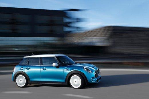 Nuova Mini 5 porte prestazioni e consumi della gamma motori - Foto 16 di 45