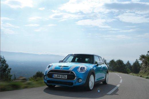 Nuova Mini 5 porte prestazioni e consumi della gamma motori - Foto 22 di 45