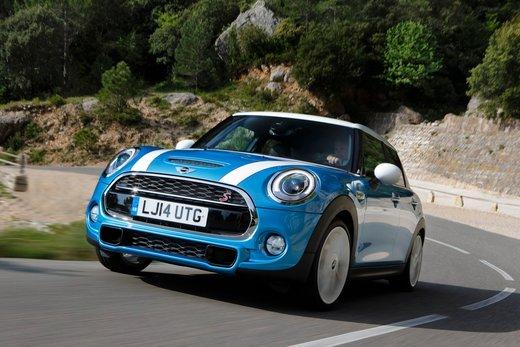 Nuova Mini 5 porte prestazioni e consumi della gamma motori - Foto 24 di 45
