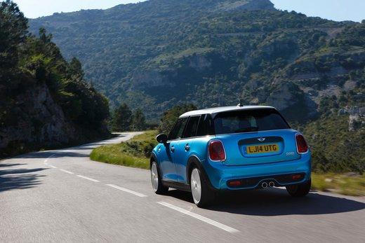 Nuova Mini 5 porte prestazioni e consumi della gamma motori - Foto 29 di 45