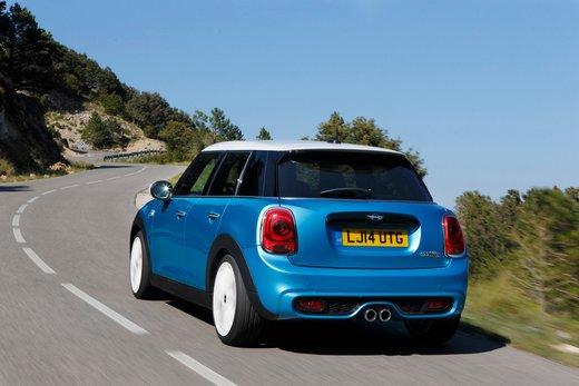 Nuova Mini 5 porte prestazioni e consumi della gamma motori - Foto 30 di 45