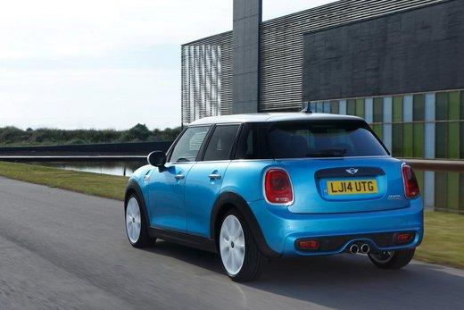 Nuova Mini 5 porte prestazioni e consumi della gamma motori - Foto 3 di 45