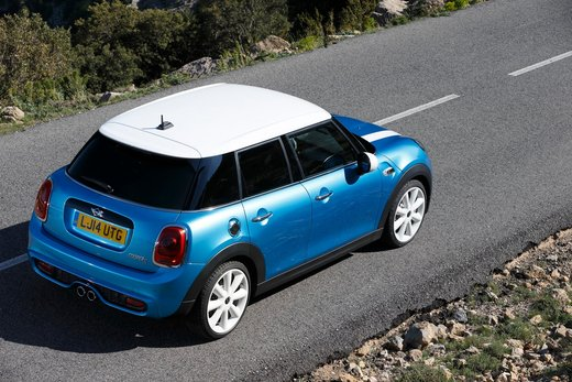 Nuova Mini 5 porte prestazioni e consumi della gamma motori - Foto 32 di 45