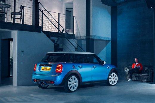 Nuova Mini 5 porte prestazioni e consumi della gamma motori - Foto 33 di 45
