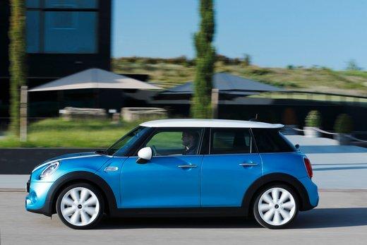 Nuova Mini 5 porte prestazioni e consumi della gamma motori - Foto 45 di 45