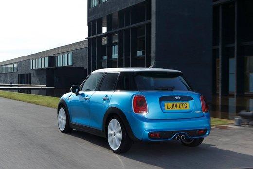 Nuova Mini 5 porte prestazioni e consumi della gamma motori - Foto 5 di 45