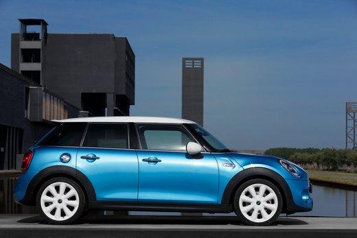 Nuova Mini 5 porte prestazioni e consumi della gamma motori - Foto 7 di 45