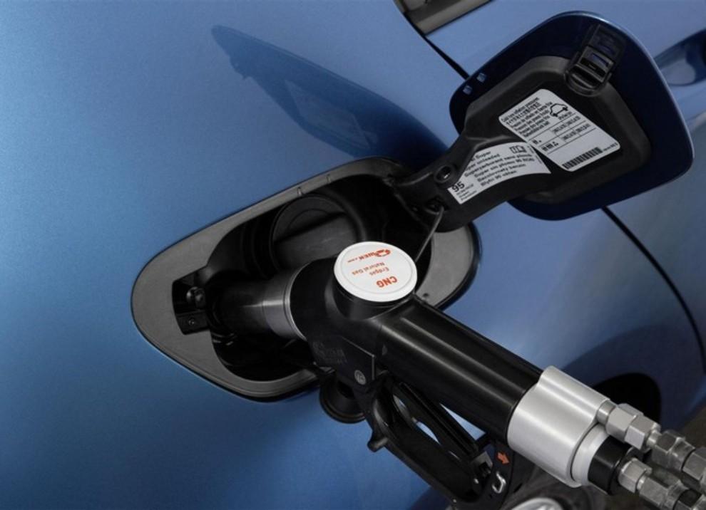 Volkswagen Golf a metano prestazioni e consumi - Foto 10 di 15