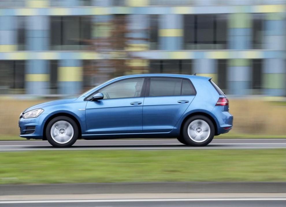 Volkswagen Golf a metano prestazioni e consumi - Foto 3 di 15