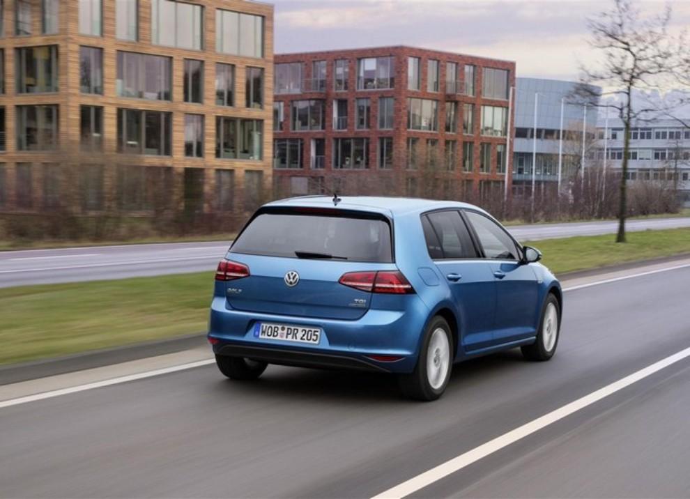 Volkswagen Golf a metano prestazioni e consumi - Foto 4 di 15