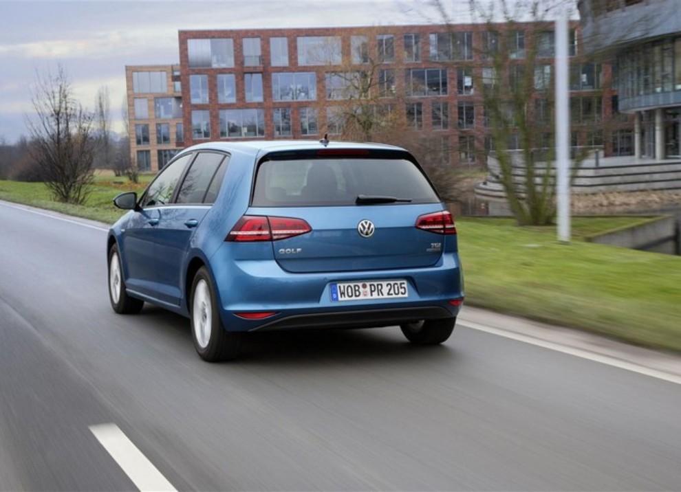 Volkswagen Golf a metano prestazioni e consumi - Foto 5 di 15