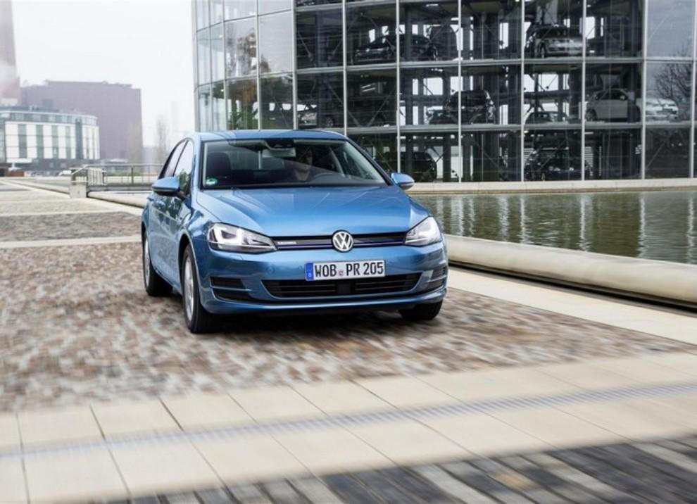 Volkswagen Golf a metano prestazioni e consumi - Foto 6 di 15