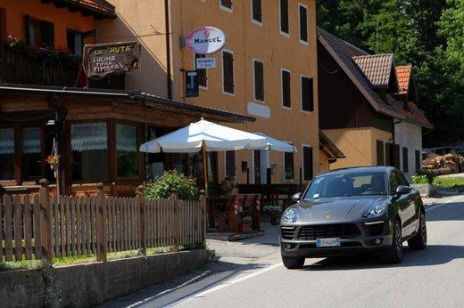 Porsche Macan prova su strada, prezzi e versioni