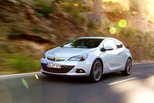 Opel Astra GTC con nuovo motore diesel: consumi, prestazioni e prezzo