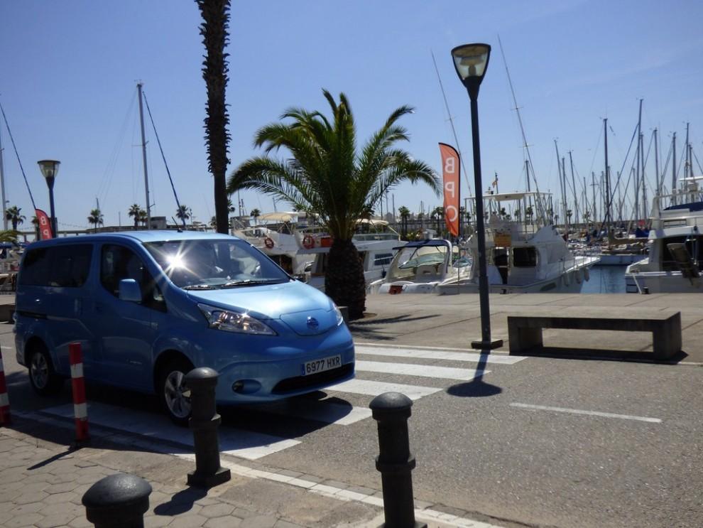 Nissan e-NV200 Evalia provato su strada a Barcellona il multispazio elettrico giapponese - Foto 11 di 40
