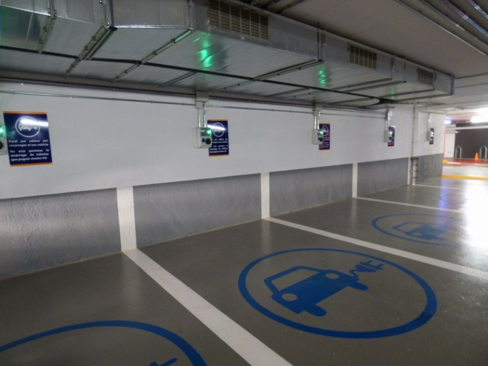Nissan e-NV200 Evalia provato su strada a Barcellona il multispazio elettrico giapponese - Foto 19 di 40