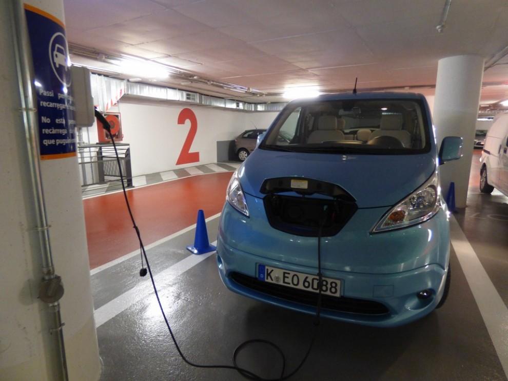 Nissan e-NV200 Evalia provato su strada a Barcellona il multispazio elettrico giapponese - Foto 20 di 40