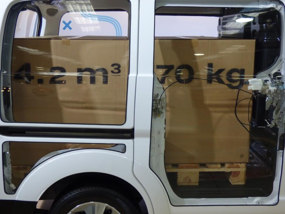 Nissan e-NV200 Evalia provato su strada a Barcellona il multispazio elettrico giapponese - Foto 30 di 40