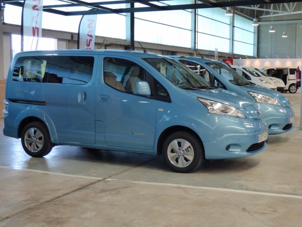 Nissan e-NV200 Evalia provato su strada a Barcellona il multispazio elettrico giapponese - Foto 1 di 40