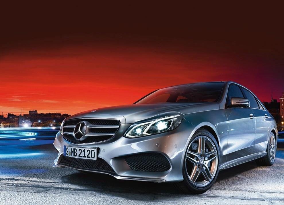 Nuova Mercedes Classe E BlueTEC HYBRID mobilità ad emissioni zero - Foto 1 di 5