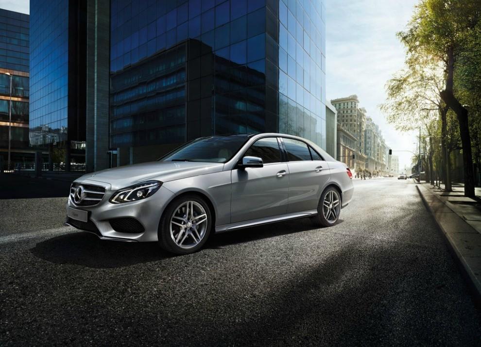 Nuova Mercedes Classe E BlueTEC HYBRID mobilità ad emissioni zero - Foto 5 di 5