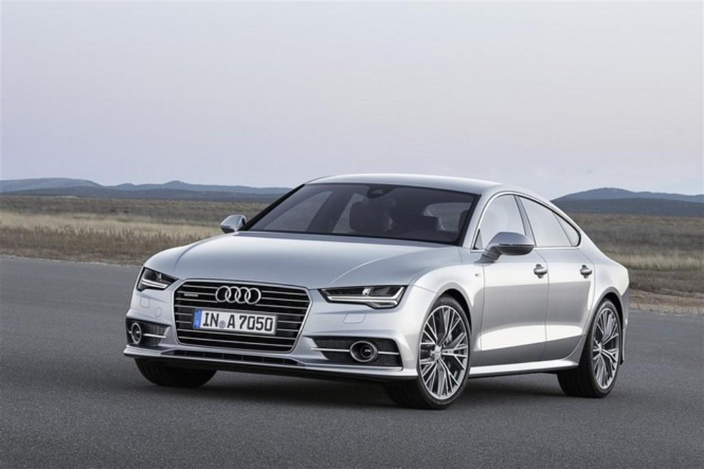 Nuova Audi A7 Sportback prezzi, gamma motori ed equipaggiamenti - Foto 3 di 12