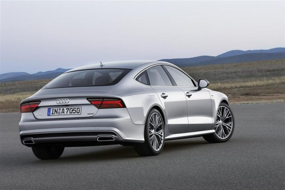 Nuova Audi A7 Sportback prezzi, gamma motori ed equipaggiamenti - Foto 6 di 12