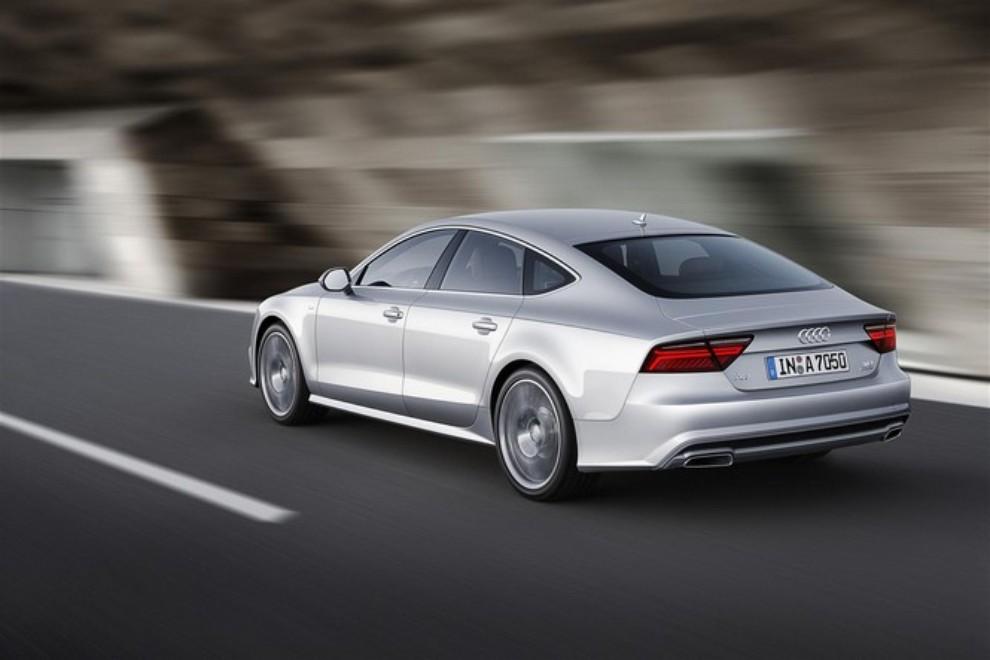 Nuova Audi A7 Sportback prezzi, gamma motori ed equipaggiamenti - Foto 7 di 12