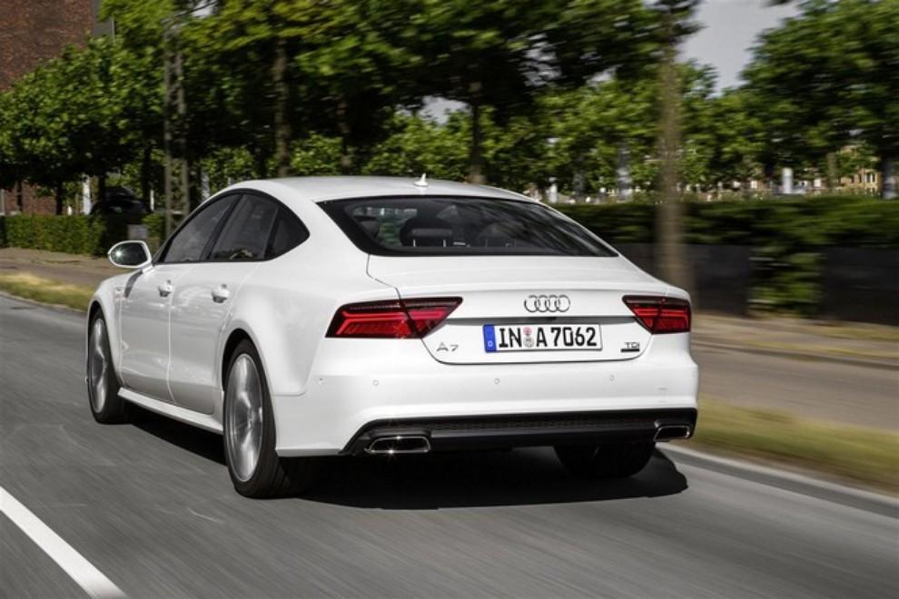Nuova Audi A7 Sportback prezzi, gamma motori ed equipaggiamenti - Foto 11 di 12