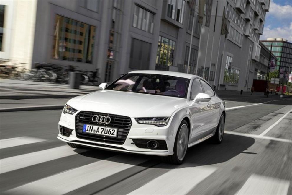 Nuova Audi A7 Sportback prezzi, gamma motori ed equipaggiamenti - Foto 12 di 12