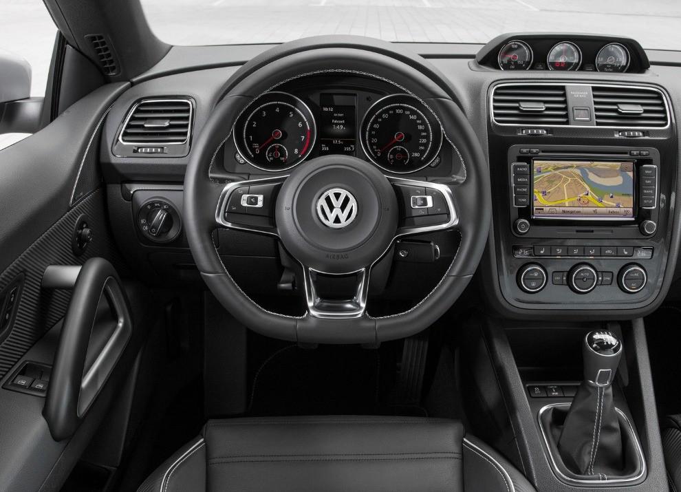 Nuova Volkswagen Scirocco prestazioni, consumi e nuove foto - Foto 10 di 31