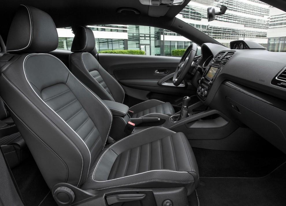 Nuova Volkswagen Scirocco prestazioni, consumi e nuove foto - Foto 11 di 31